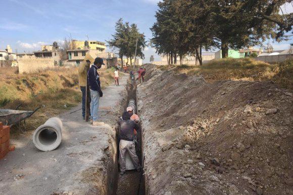 CONTINÚA  EL OAyST CONSTRUCCIÓN DE DRENAJE EN SAN MATEO OTZACATIPAN
